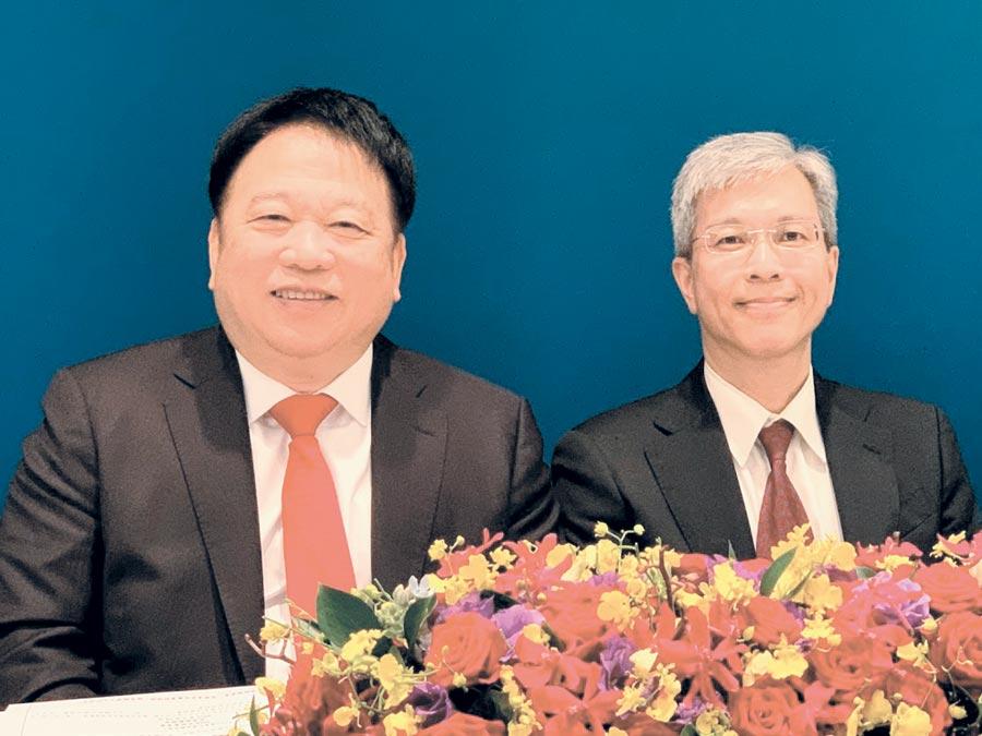TPK股東會,董事長江朝瑞(左)看好奈米銀未來的發展性。右為總經理謝立群。圖/袁顥庭