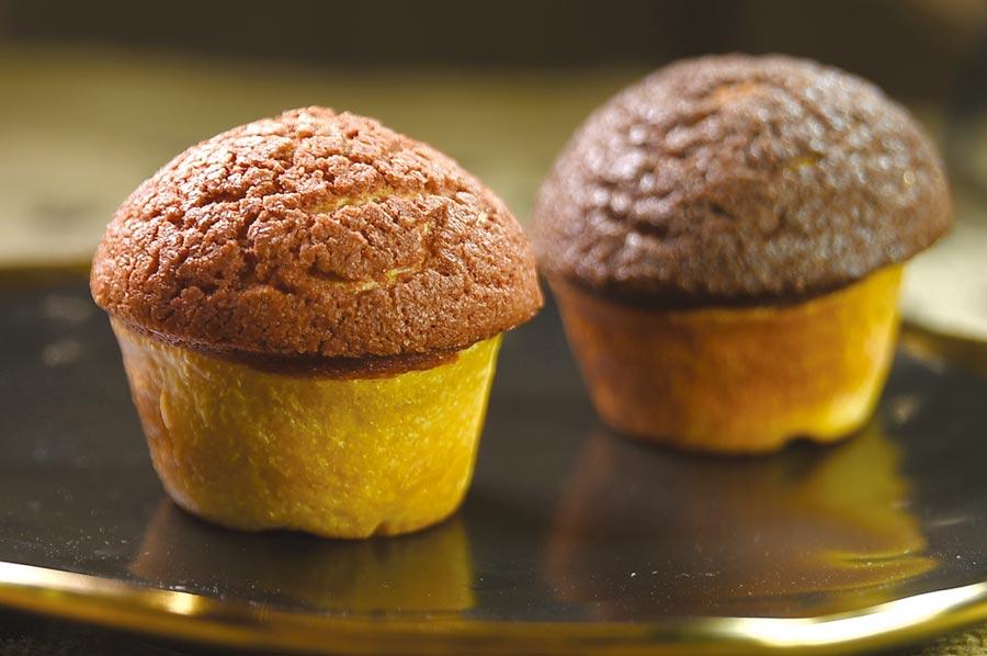 蘑菇造型的麵包,表層的酥菠蘿,粉紅色的是甜菜根,深咖啡色的是巧克力,因為奶油用的好,所以很酥很香很脆。圖/姚舜