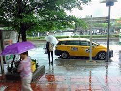週日悶熱!高溫33度需防曬!午後慎防豪、大雨