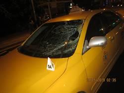 行人疑似闖紅燈 遭計程車撞重傷不治