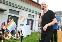 蔡明亮唱〈牽手〉挺同志幸福❤ 感性喊話:不要有人受傷!