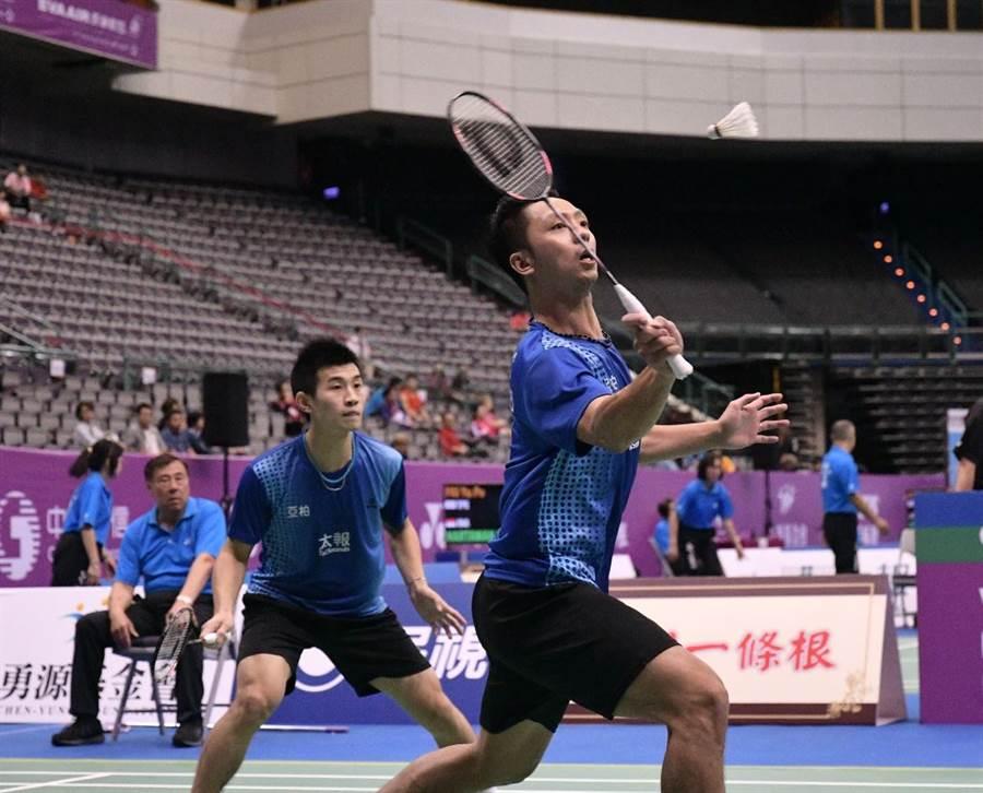 男雙組合廖敏竣(右)、蘇敬恆(左)在蘇迪曼盃為中華隊先下一點。(資料照/中華羽球協會提供)