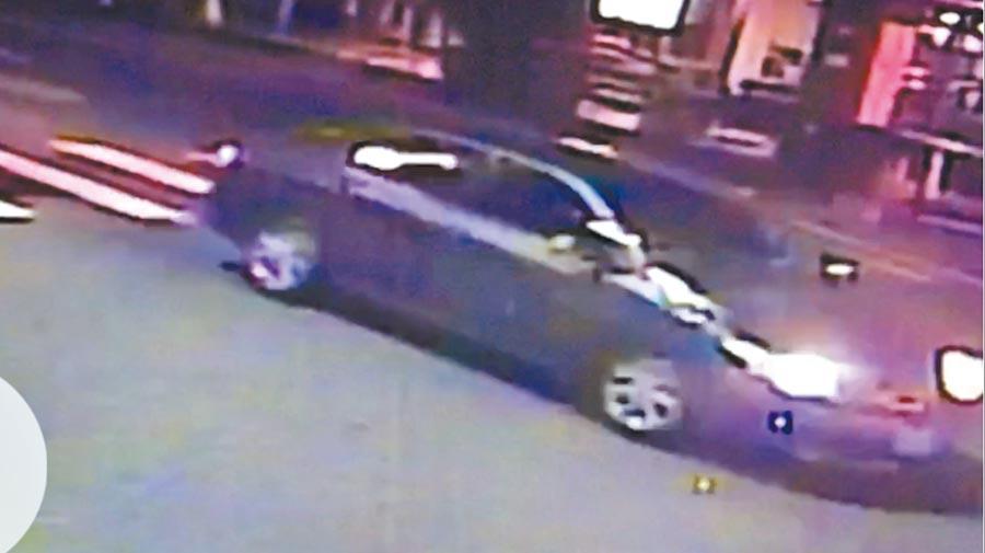 涉嫌縱火弒親的劉瑀涵,火災前1小時被拍到開車買汽油的畫面。(曹婷婷翻攝)