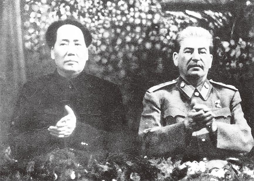 1949年,毛澤東與史達林合影。(本報系資料照片)