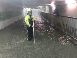 豪雨來襲 新北市北海岸多處積水