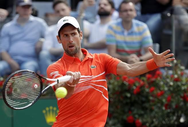 喬柯維奇不敵納達爾,無緣在今年羅馬大師賽奪冠。(美聯社)