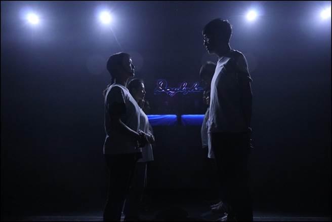 《Daylight》描述一群為愛所苦、困頓迷惑的人如何找到屬於自己的曙光。(玄奘影劇提供)
