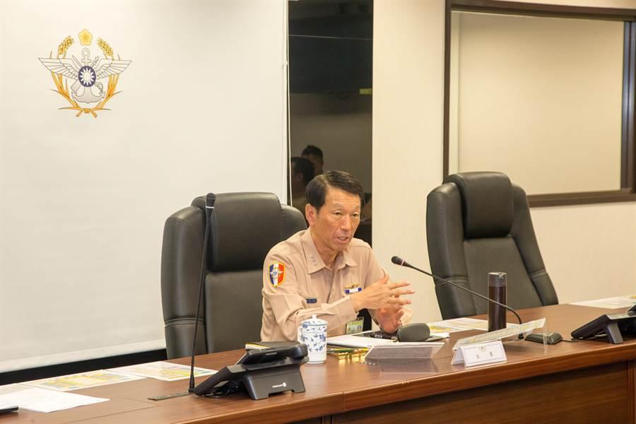 參謀總長李喜明上將於上午主持國防部防災整備會議。國防部提供