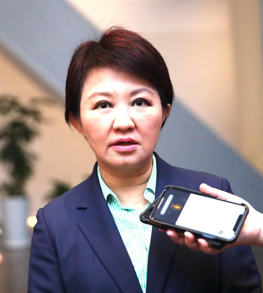 今天520對蔡總統施政評價,台中市長盧秀燕20日在受訪時表示,每一次選舉都是最好的檢驗。(盧金足攝)