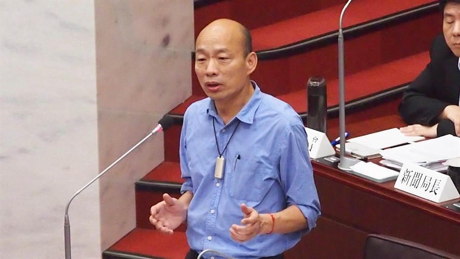 高雄巿長韓國瑜20日在高雄巿議會答詢。(曹明正攝)