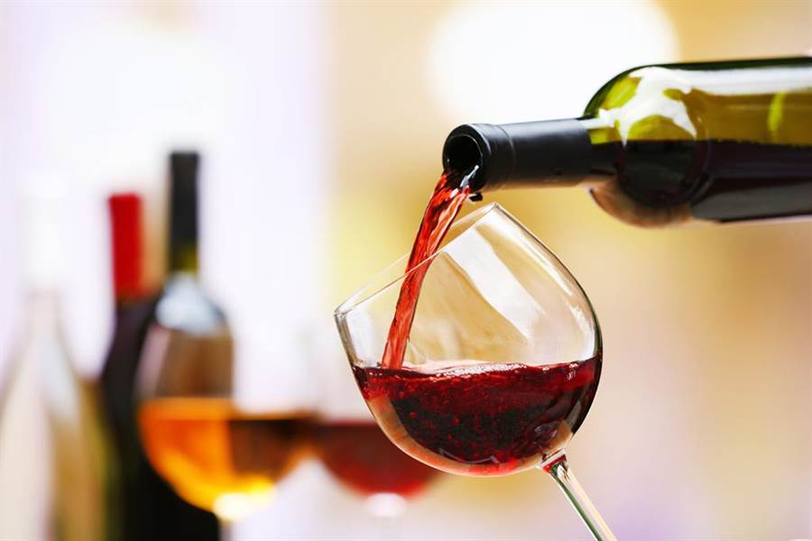 為何紅酒永遠不能倒滿?別瞎喝了(圖/達志影像)