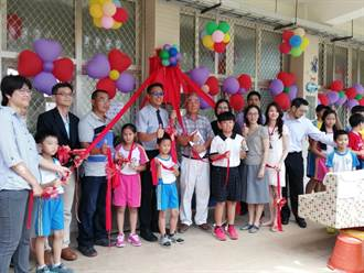 台南漁光分校圖書室成立 藏著父親對兒子的思念