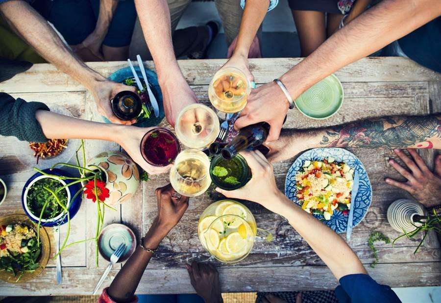 朋友聚餐壞習慣!網揭:南部人多(示意圖/達志影像)