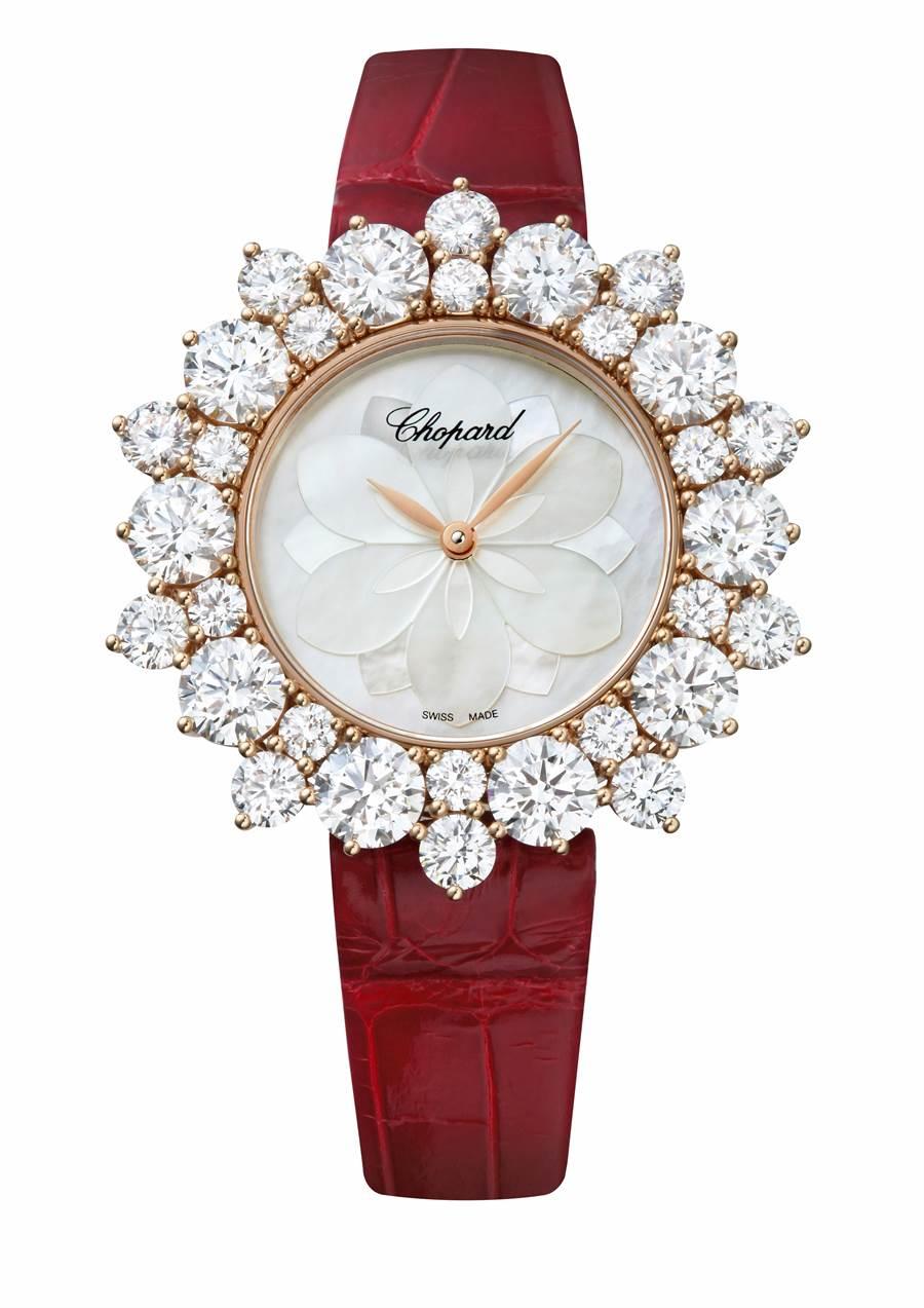 蕭邦L'Heure du Diamant珠寶表,珍珠母貝表盤,表圈鑲鑽,318萬元。(Chopard提供)