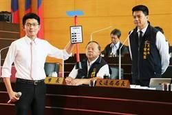 議員要求推太陽能電子紙公車站牌 葉昭甫:將評估使用效益