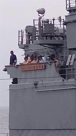 海軍在花東外海 進行反水面作戰實彈射擊