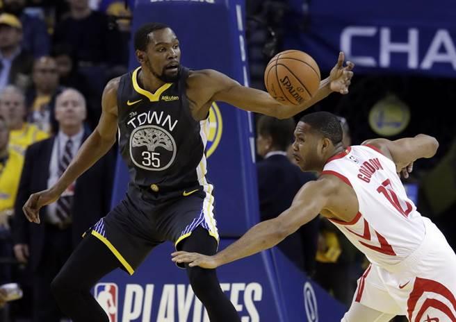 NBA》紐時爆料:快艇成尼克簽約KD威脅
