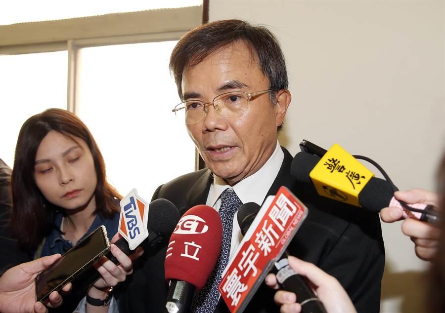 法務部次長蔡碧仲22日在立法院受訪。(姚志平攝)