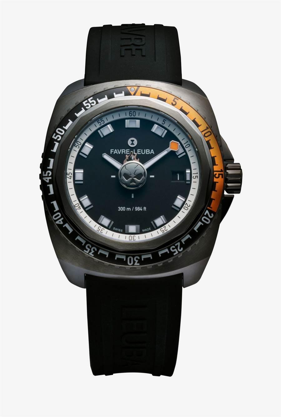 域峰表Raider系列亞洲限定Deep Blue Passion潛水表,限量28只,每只表底都有編號,售價7萬9000元。(Favre-Leuba提供)