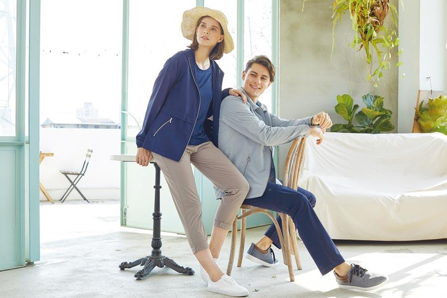 HAKERS哈克士戶外本季新品「UPF50+防曬長版外套」已深受消費者好評。圖/哈克士提供
