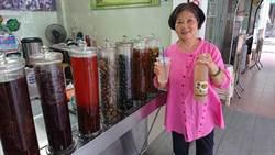 傳承三代80年 劉家楊桃湯新鮮酸楊桃醃製