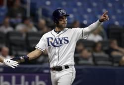 MLB》光芒外野手162km回傳球 美技助殺貝林傑