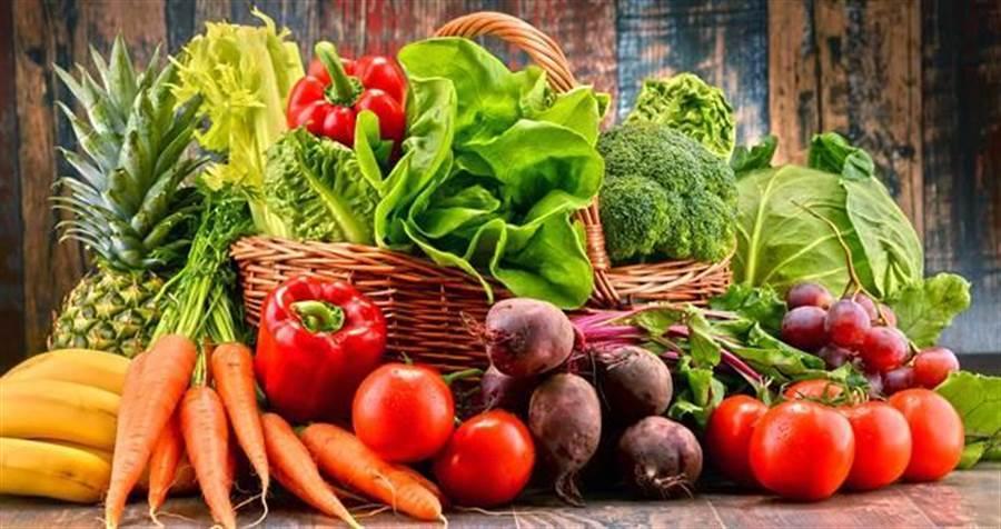 日本西九州大學研究也指出,菊糖含量最多的蔬菜,為大蒜、牛蒡、洋蔥、蘆筍等。