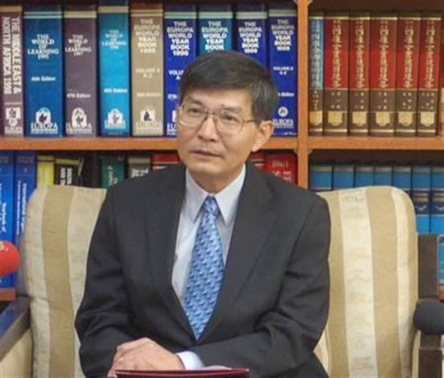 已故駐大阪經濟文化辦事處處長蘇啟誠。(圖/取自中國時報資料照)
