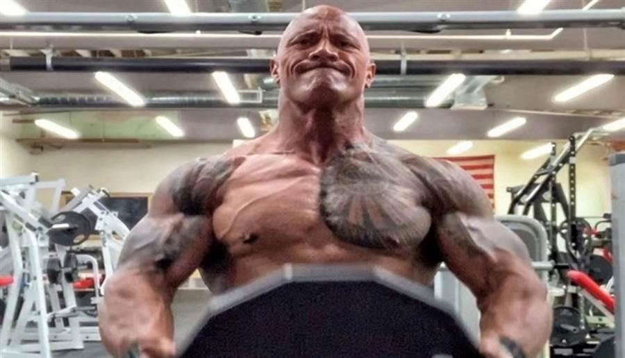 美国男星巨石强森。图片来源:翻摄自巨石强森脸书