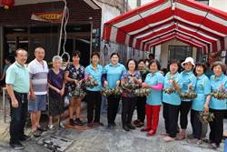玉井社區慶端午 93歲里長嬤領軍綁4000顆粽子