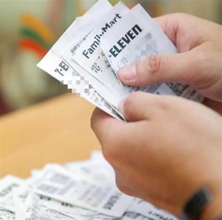 統一發票兌獎示意圖。(資料照片)