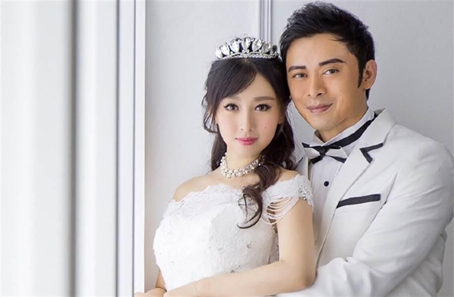 樊少皇與妻子賈曉晨。(取自賈曉晨微博)
