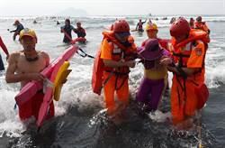 烏石港海上長泳 1人溺水昏迷
