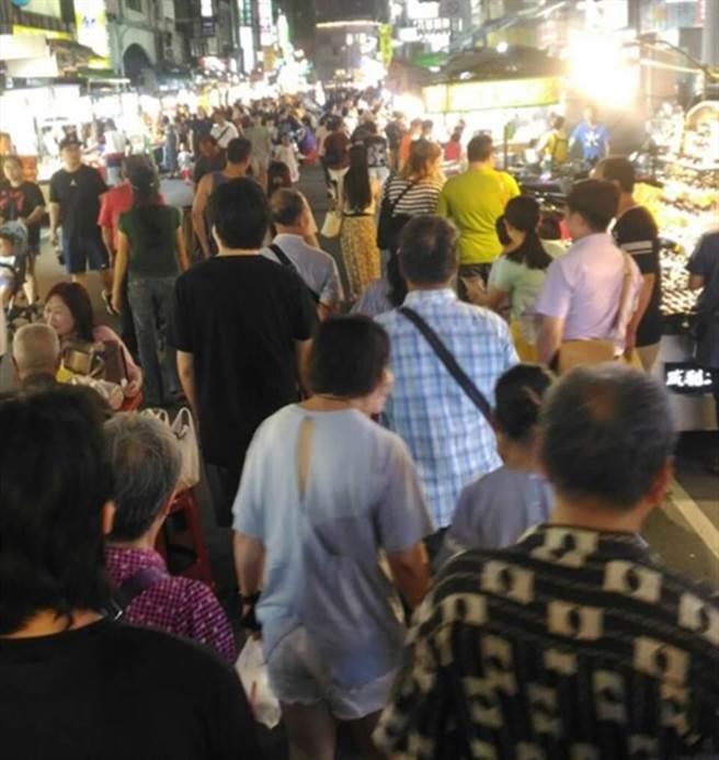 韓拚經濟六合夜市人沒增加嗎? 網一張圖爆真相