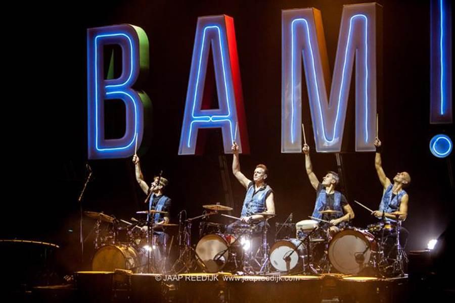 自街頭表演起家的荷蘭皮可沙打擊樂團,第四度來台,今年演出新節目「BAM!」(擊樂文教基金會提供)