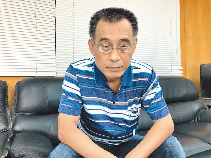 韓國瑜親信黃文財25日受訪表示,外傳韓到女子家過夜,其實那是他介紹給韓國瑜認識的朋友。(林宏聰攝)