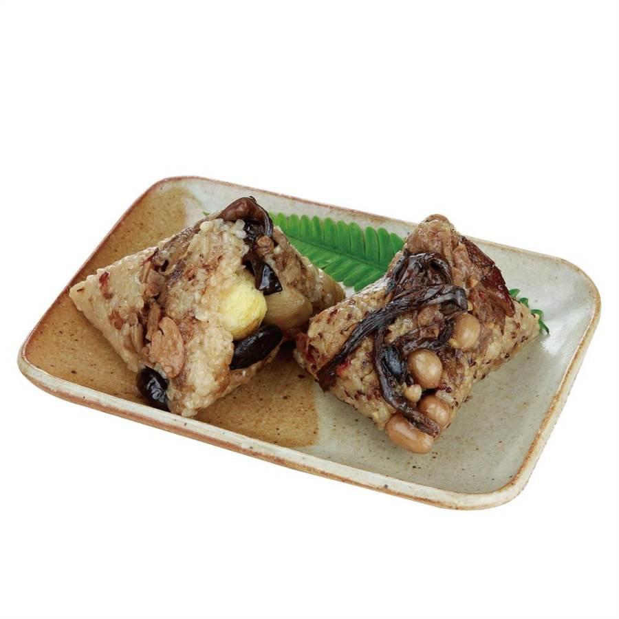 愛買雙享粽,饕府紅藜麥糙米粽170g+栗子香菇粽170g,109元。(愛買提供)