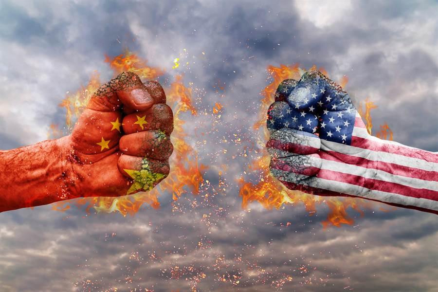 貿易衝突只是美中爭奪全球霸權的第一回合。(圖/shutterstock)