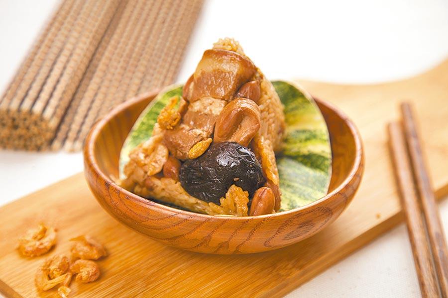 萊爾富狀元油飯極品鮑魚粽,6入467元。(萊爾富提供)