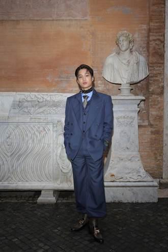 GUCCI羅馬博物館辦早春秀 EXO Kai拿手電筒考古