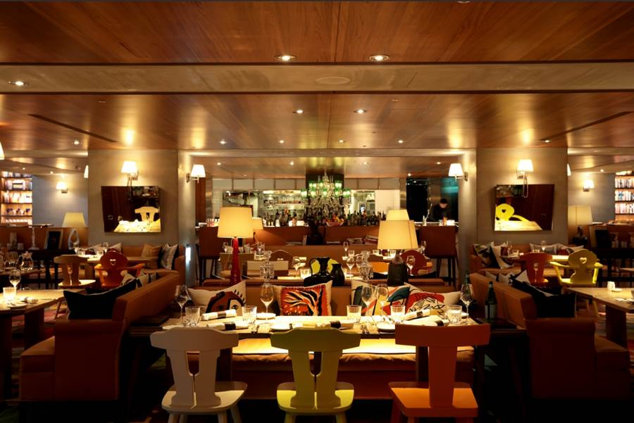 ▲S Hotel餐廳內的氛圍與設計,讓客人如同身處在法國一般。(圖片來源:SHotel提供)