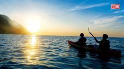 全台唯一 獨木舟日出、海上探險