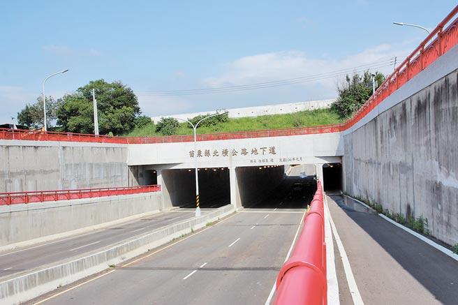 頭份市公所規畫興建北橫交流道,以舒緩交通壅塞問題。(何冠嫻攝)