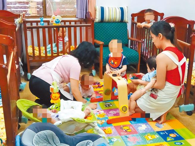 台南市社會局強調,只有合法立案且符合人力比的托嬰中心與保母,才能隨時回應幼兒的需求。(洪榮志攝)