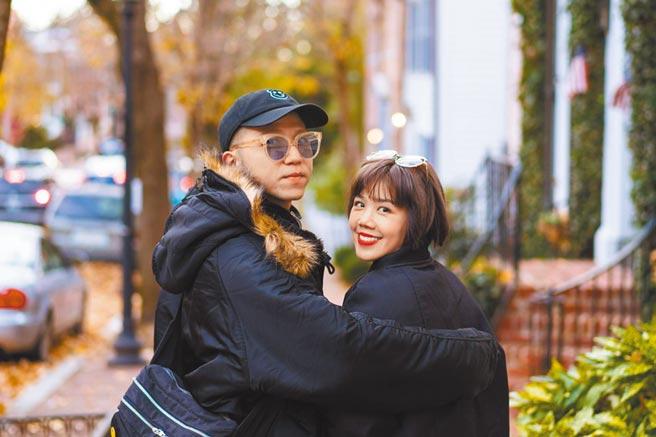 大飛(左)與楊晨熙交往七年,去年底求婚成功。