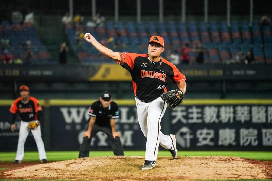 高國慶生涯初登板當投手,1局無失分。(統一獅提供)