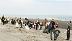 看見海洋SOS求救訊號 中市府籲各界揪團淨灘