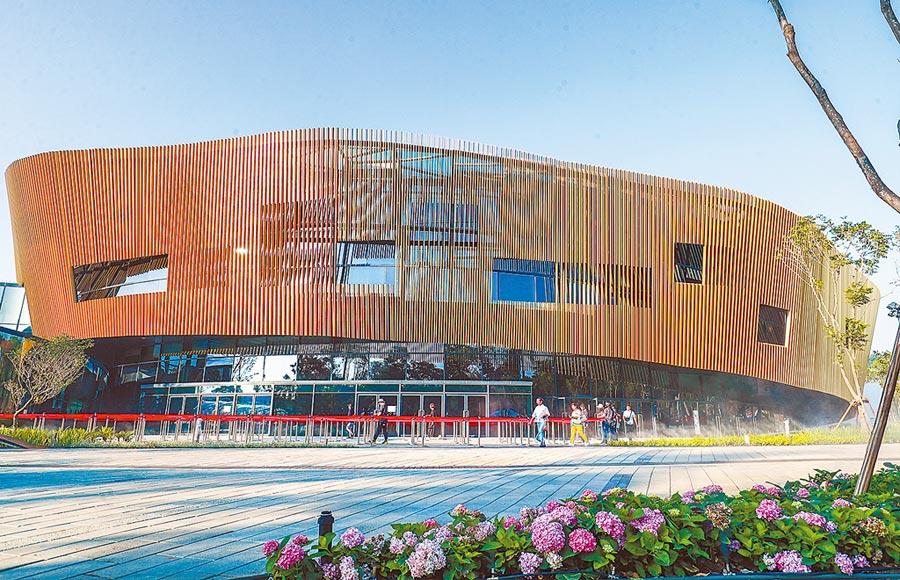 台中市后里花博園區的花舞館也是2020年台灣燈會的場地之一。(陳世宗翻攝)