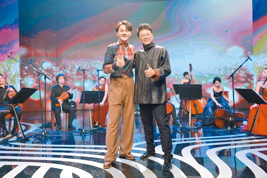 許富凱(左)上節目與李哲藝暢聊音樂。