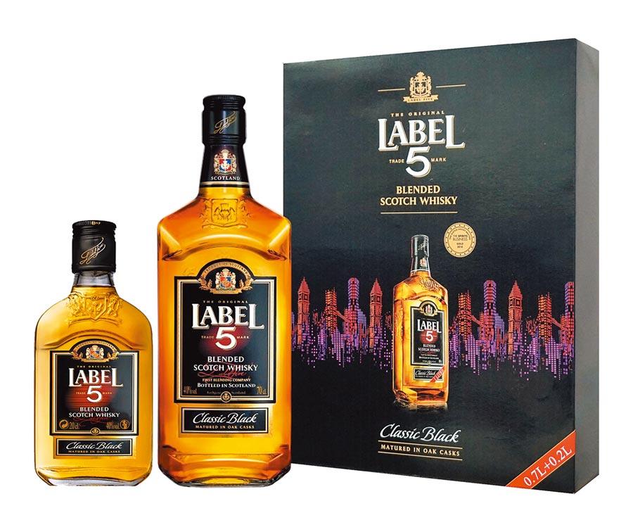 英國雷伯五號蘇格蘭威士忌禮盒,建議售價525元。(圖片提供橡木桶)